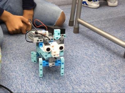 子どもたちの作ったロボット②